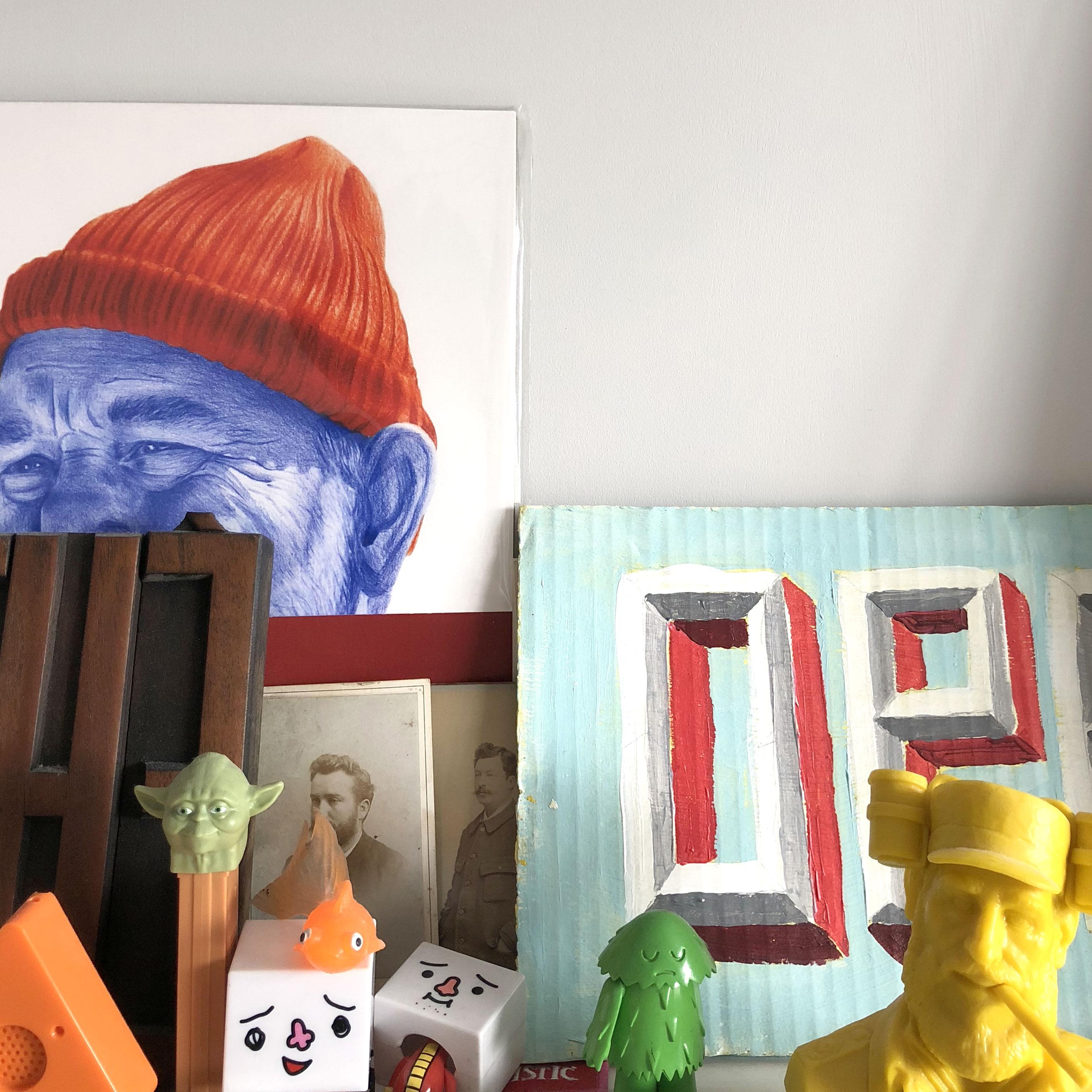 shelf-toys